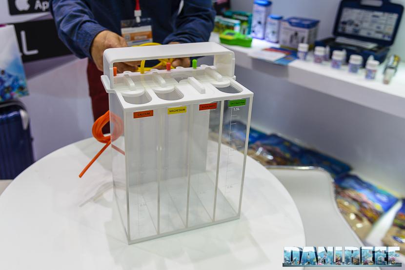 Skimz dosing liquid container